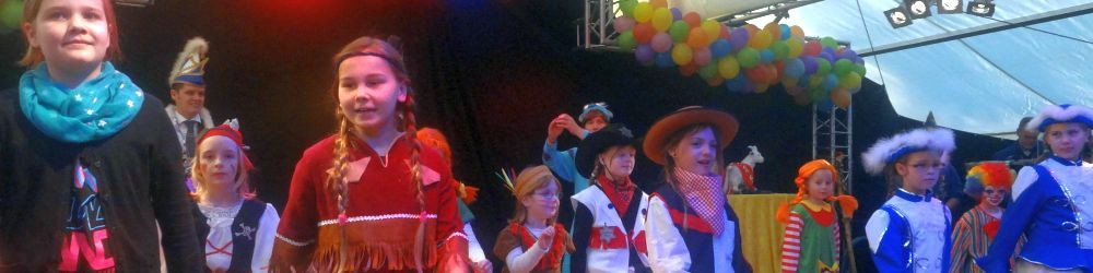 2015.karneval2.jpg